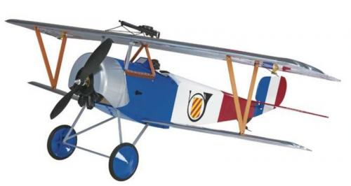 紐堡爾 小型電動飛機 (巴爾沙木製)